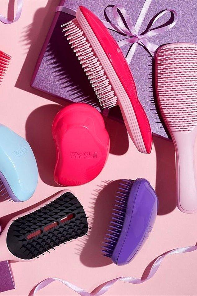 5. Yıpranmış saçlarınızı için saçlarınızı, daha fazla yıpratmayacak taraklar kullanın!