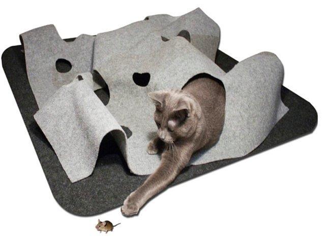 12. İnteraktif kedi tepeleri