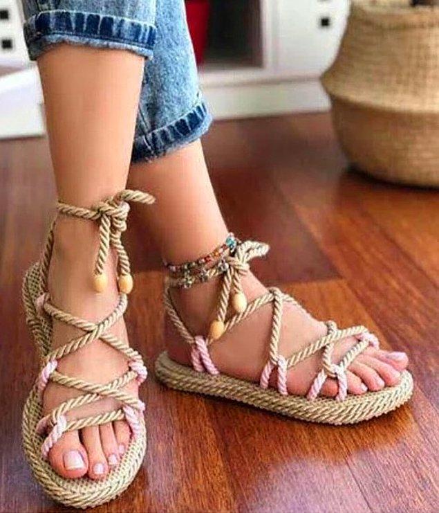 5. Hasır sandaletlerde çeşit bol!