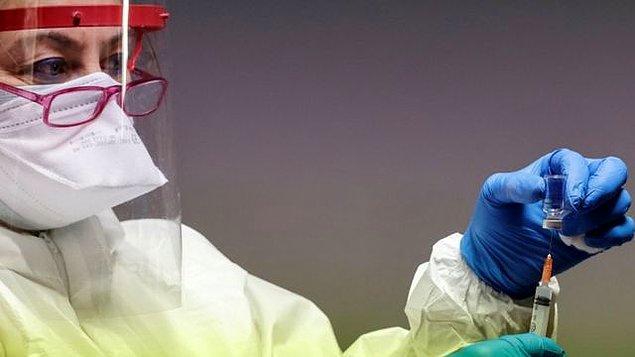 Kokteyl aşı tartışması: Aşıları karıştırmak işlevli mi?
