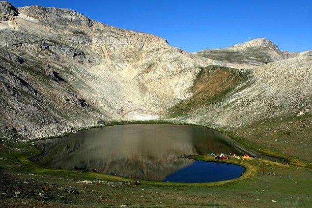 6. Aynalı Göl