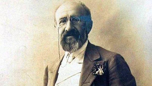 10. Türk resminin en pahalı tablosu Kaplumbağa Terbiyecisi'nin ressamı Osman Hamdi Bey Kadıköy'ün ilk belediye başkanıdır.