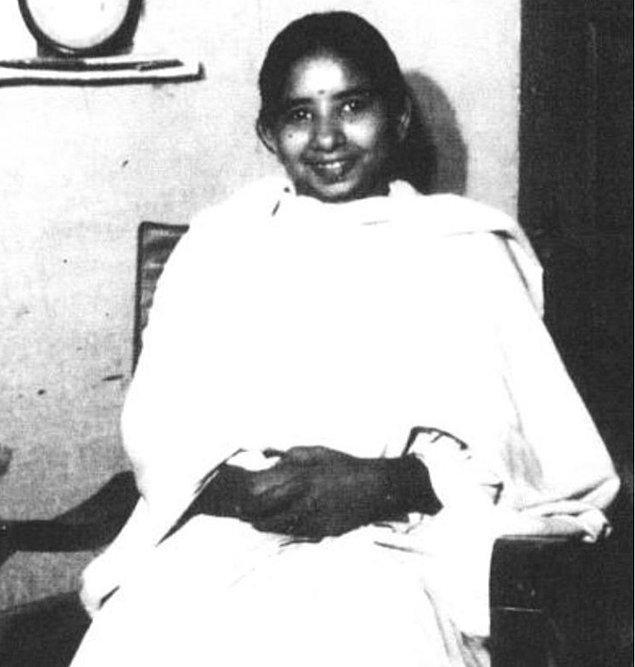 Shanti Devi, 1930'larda önceki hayatıyla ilgili şok edici detayları hatırladığını söylemesiyle dünyanın her yerinden araştırmacıların dikkatini çeken ilk kişilerden biri.