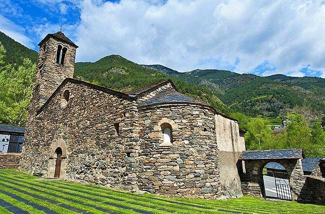 8. La Cortinada ve Sant Martí Kilisesi