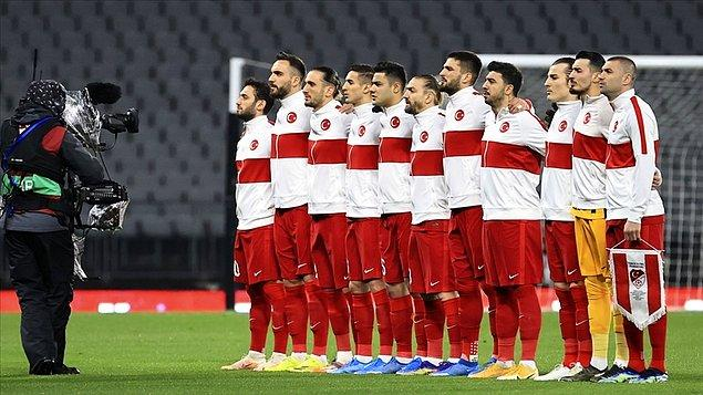 """""""Eleştirileri kabul ediyorum. Futbolcularımız ve Türk Milleti bu sonucu hak etmedi."""""""