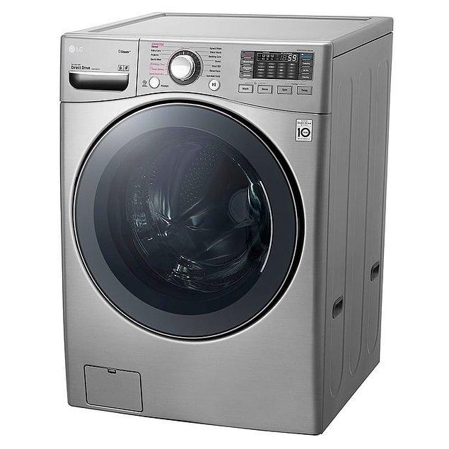 3. Son teknolojiyle donatılmış çamaşır makineleri ile hem yıkama hem de kurutma aşamasını tek seferde halledin.