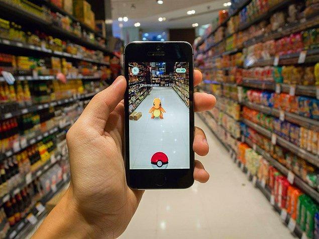 Birkaç yıl önce çok popüler olan Pokemon Go oyunu oynar gibi sevgili aramak da hayli ilginç