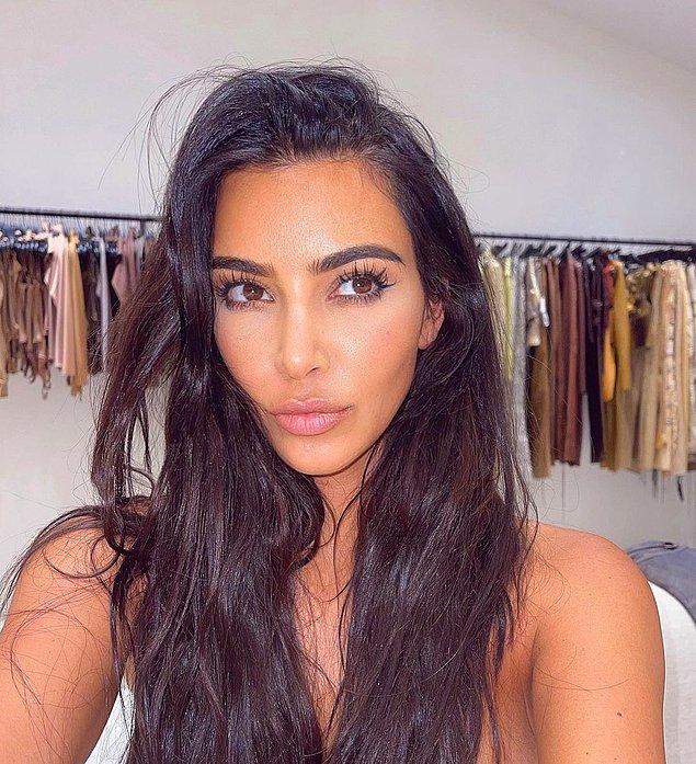 2020'lerde hem botoks, hem de dolgunun doğru kullanımı öğrenildi. Kim Kardashian'ın estetisyeninin açıkladığı yeni bir trend önümüzdeki günlerin ve yılların en popüler uygulaması olacak.