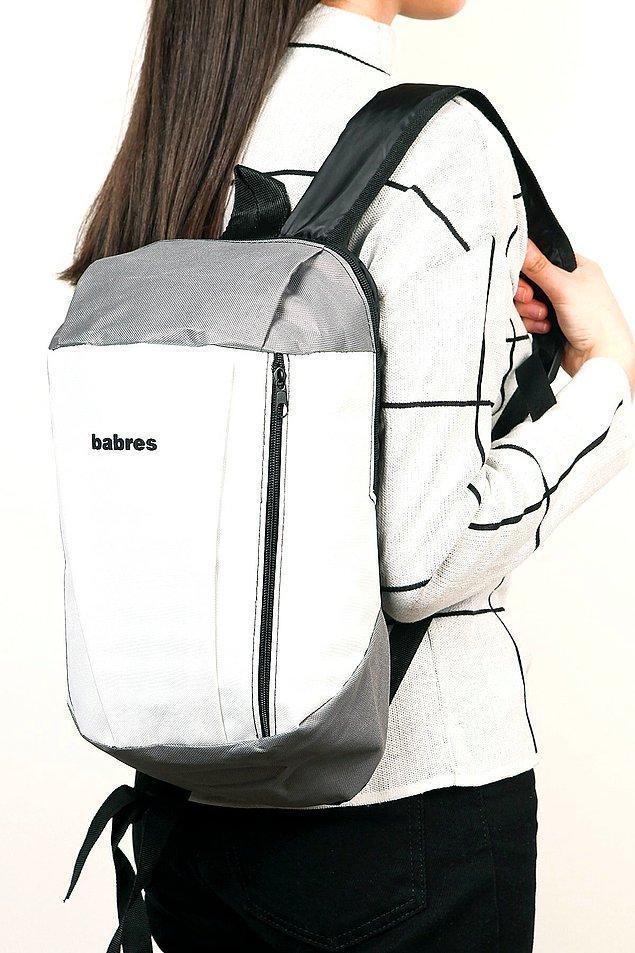 7. Yürüyüş çantası