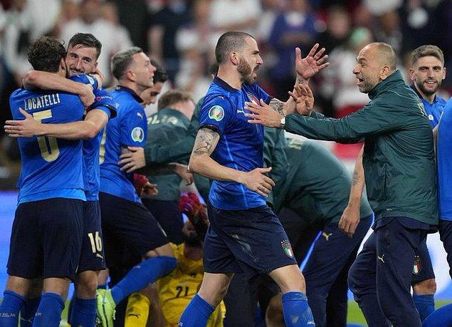 EURO 2020'deki tarihi finalde İtalya ile İngiltere karşı karşıya geldi.