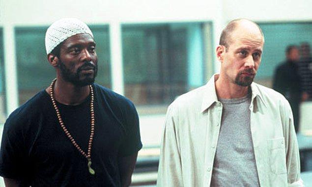 86. Oz (1997)