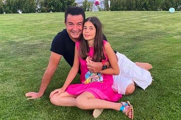 Acun'un Zeynep Yılmaz ile olan evliliğinden doğan 14 yaşındaki kızı Yasemin Ilıcalı.
