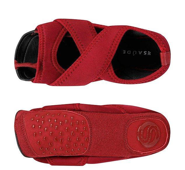 7. Yoga yapacaklar için değil ancak pilates yaparken iyi bir ayakkabı giymek daha iyi olabiliyor.