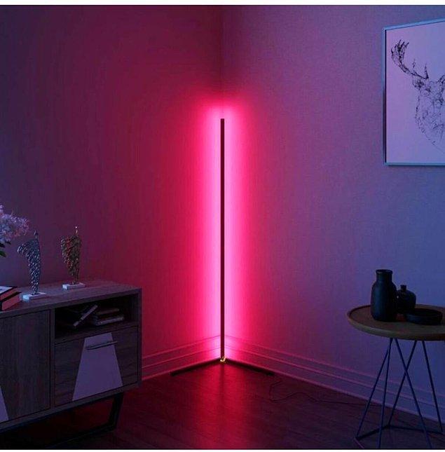 11. Odanızda hoş bir dekor katacak bir lambader.