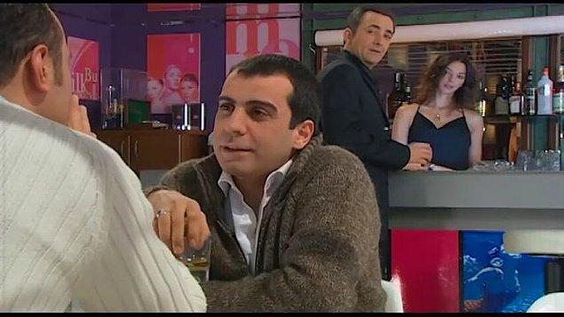 8. Bir İstanbul Masalı - Emre Karayel