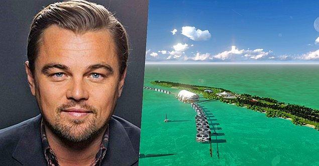 18. Leonardo DiCaprio'nun bir Karayipler ülkesi olan Belize'de adası varmış ve yakın zamanda doğa canlısı bir tatil köyü açmayı planlıyormuş.