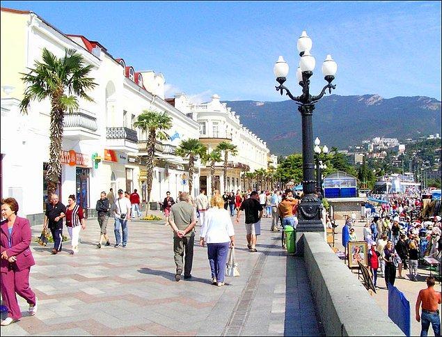 11. Yalta