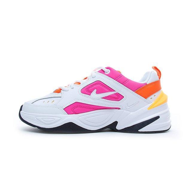 Her dönem zirveden inmeyen Nike kadın spor ayakkabıları, günlük hayatta kullanabileceğiniz en rahat modeller arasında yer alıyor.