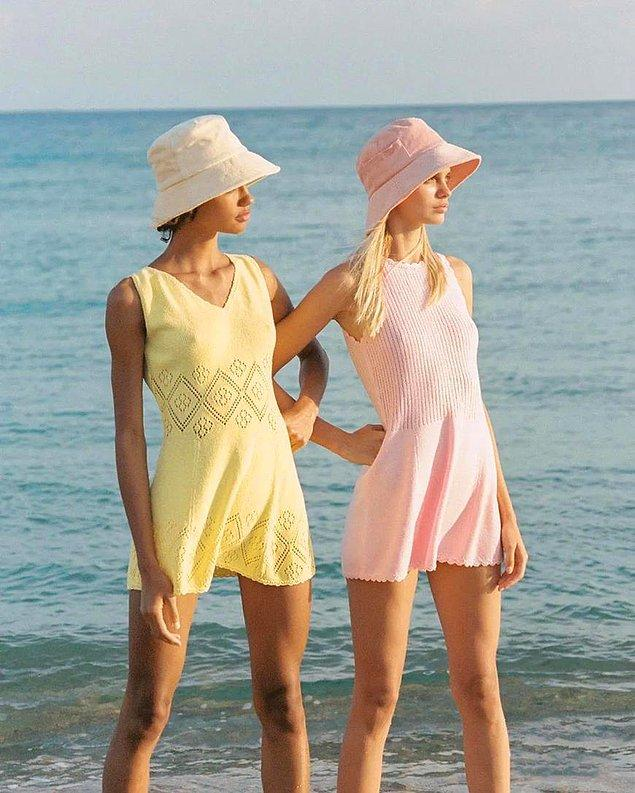 6. Havuzda ve denizde de rahatlıkla kullanabileceğiniz bir şapkanız olsun yanınızda.