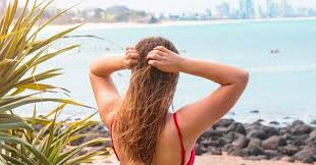 10. Vücudumuzu güneşten koruyoruz, peki ya saçlarımız? Onları sahipsiz bırakmayacağız elbette.
