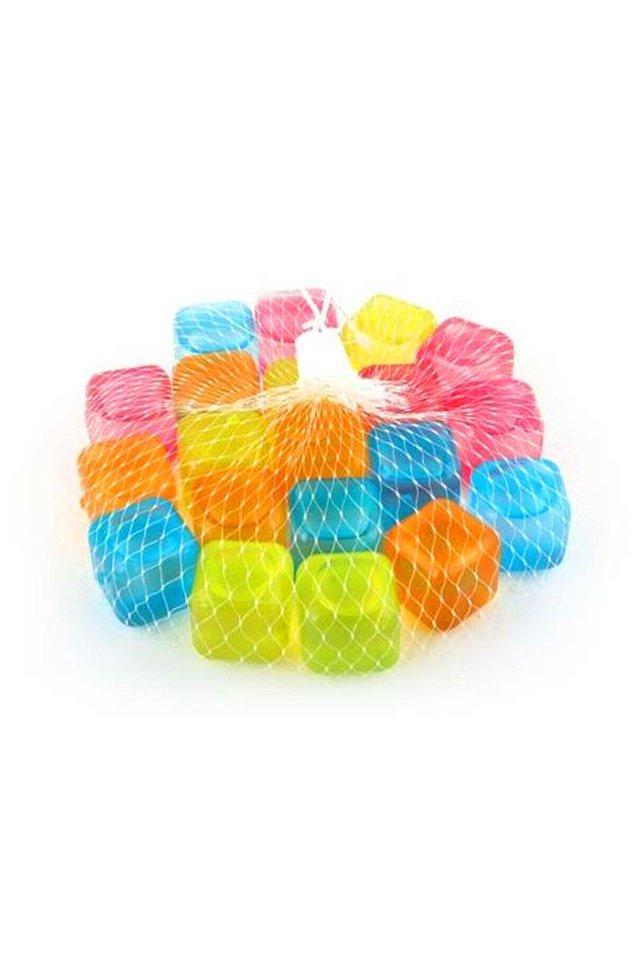 19. Sürekli buz yapmaya üşenenler için rengarenk buz küpleri seçtik!