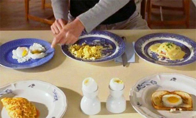 6. Çok fazla yumurta yemek.