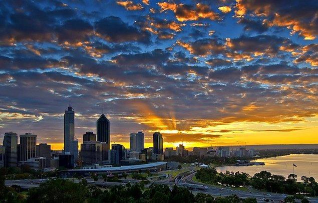 """4. """"Perth dünyanın en izole şehri."""""""