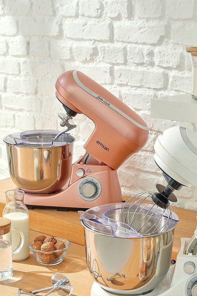 8. Mutfaklarımızın gözdesi yoğuran mikserler!