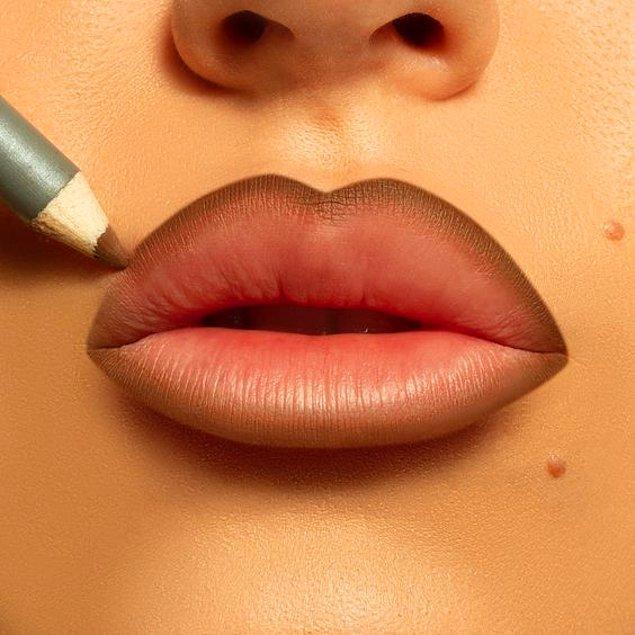 3. Dudak kalemi ile dudaklarınızı çerçeveleyin.