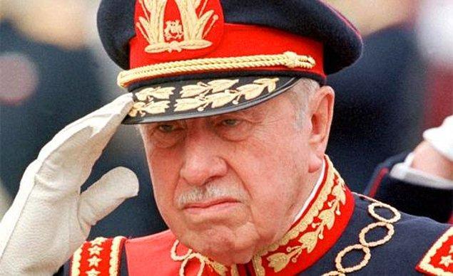 Pinochet, 1990 yılına kadar ülkeyi demir yumrukla yönetti.