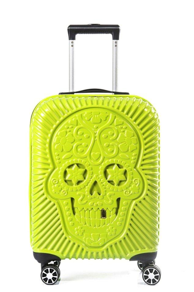 Bonus: Arkadaşınıza tüm bu kozmetik ürünlerini ve mayolarını koyup tatile çıkarken kullanabileceği harika bir valiz hediye etmeye ne dersiniz?