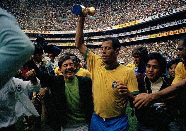 5. Brezilya'nın kazandığı 1970 Dünya Kupası, 1983'ten beri kayıp. Bu arada kupanın 18 ayar altından yapılma olduğunu da hatırlatalım...