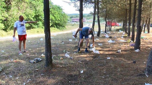 Bazı vatandaşların da çöplere aldırmadan çocukları ile birlikte piknik yapıp oyun oynadığı görüldü.