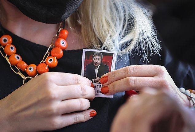 Üstün Dökmen: Olan Türkiye'ye oldu