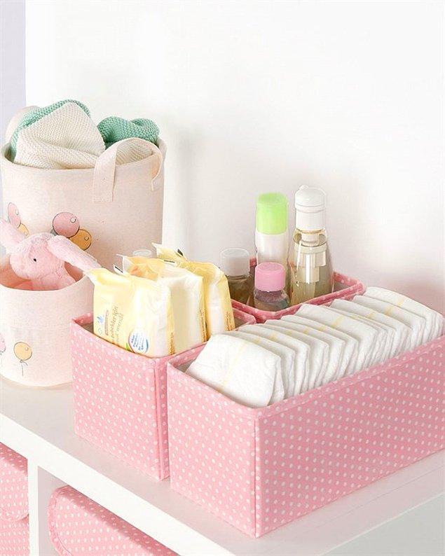 12. Sürekli dağılan çocuk odalarının daha düzenli olması için düzenleyici kullanmayı deneyebilirsiniz.