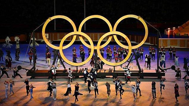 4 yılda bir gerçekleştirilen olimpiyatlarda 206 ülkeden 11 binden fazla sporcu madalya için yarışıyor.