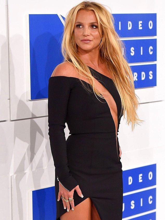 Babasına karşı verdiği özgürlük savaşında Britney'e başarılar diliyoruz!