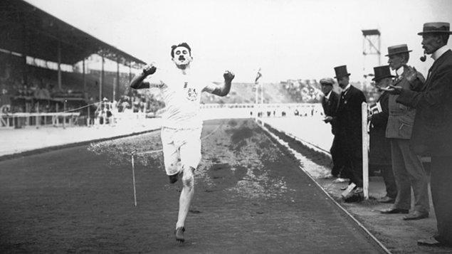 1908: Wyndham Halswelle altın madalya için tek başına koştu!