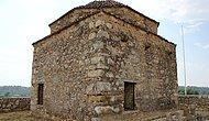 Temizlik İçin Harekete Geçildi: Antalya'da Tarihi Camide Utandıran Görüntü
