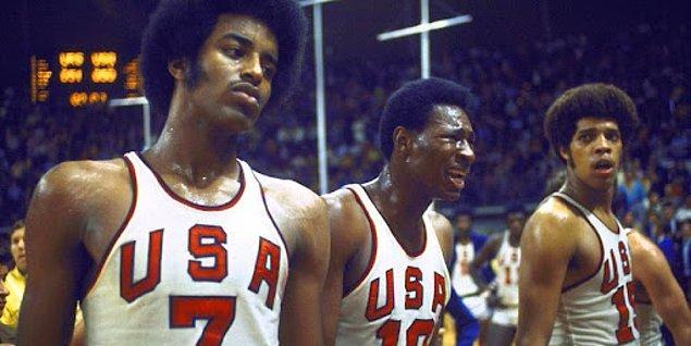 1972: ABD erkek basketbol takımı kaybetti ve gümüş madalya almayı reddetti!