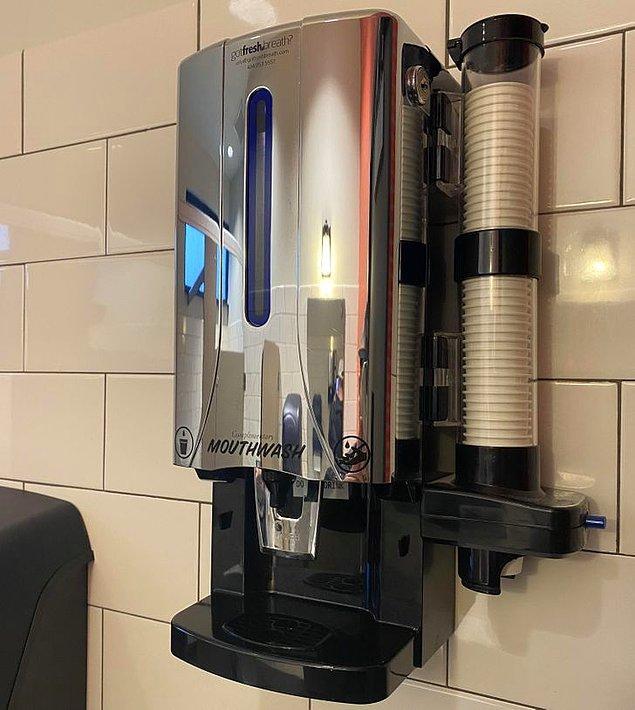 """12. """"Washington eyaletindeki bazı restoranlarda ağız yıkama sistemleri var."""""""