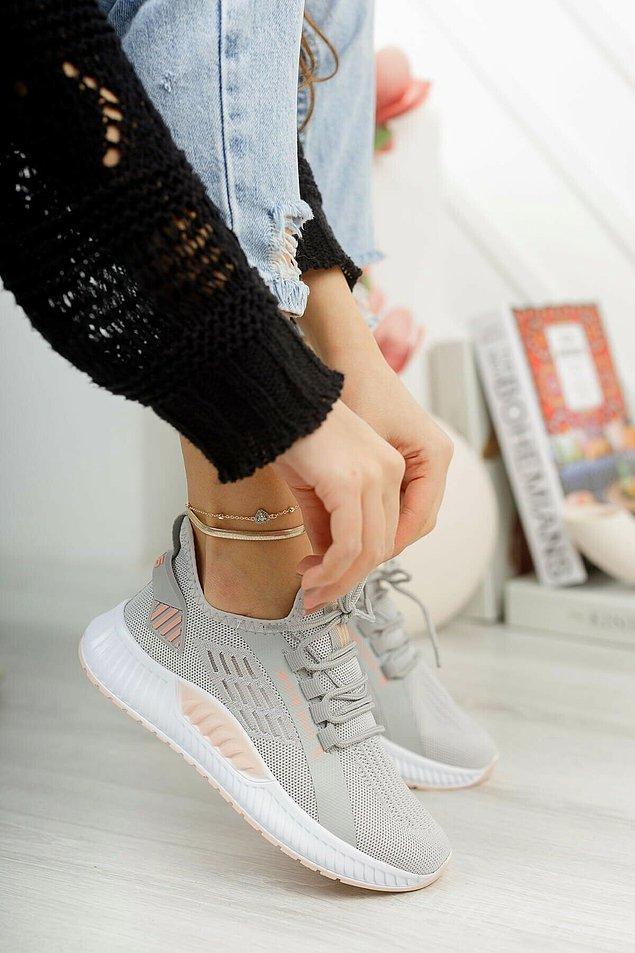 20. Spor ayakkabı