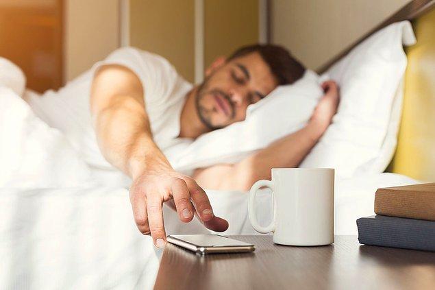 2. Peki sabah kaç gibi uyanırsın?