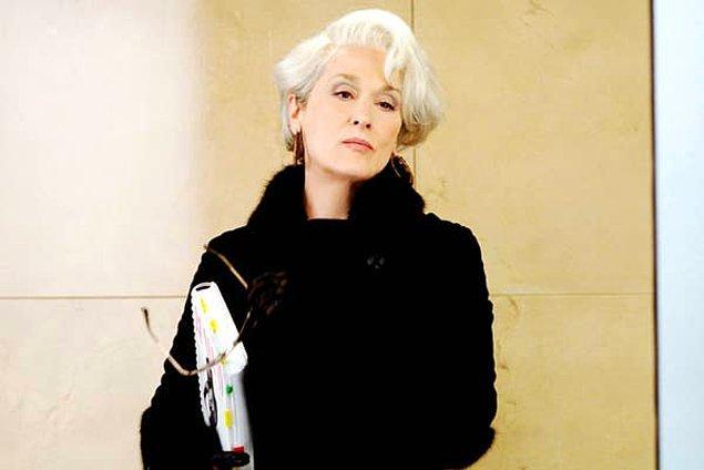 """10. Meryl Streep, """"The Devil Wears Prada"""" filmindeki ikonik Miranda karakterini canlandırırken kullandığı metot oyunculuk tekniklerini bir daha asla kullanmayacağını söylüyor."""