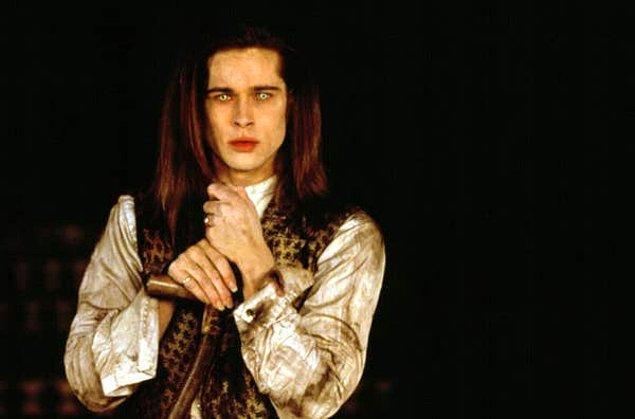 """11. Brad Pitt, """"Interview with the Vampire"""" filminde canlandırdığı Louis de Pointe du Lac karakterinin onu """"sefil ettiğini"""" söyledi."""