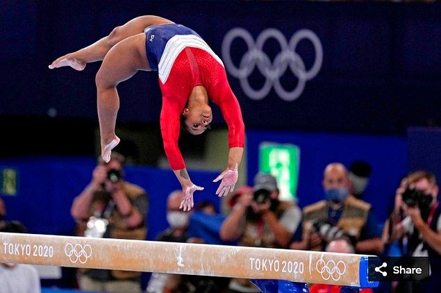 1. 27 Temmuz 2021'de Jordan Chiles (ABD), Ariake Jimnastik Merkezi'nde düzenlenen Tokyo 2020 Olimpiyat Oyunları'nda yarışıyor.