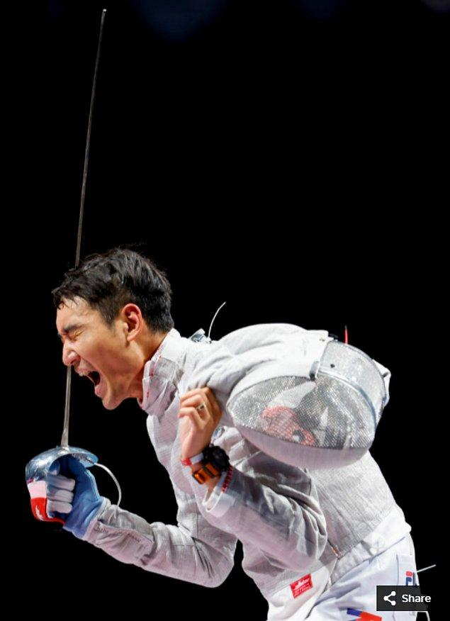 35. 24 Temmuz 2021'de Makuhari Messe Hall B'de düzenlenen Tokyo 2020 Olimpiyat Oyunları'nda erkekler bireysel eskrimde Eli Dershwitz'i (ABD) mağlup etti.