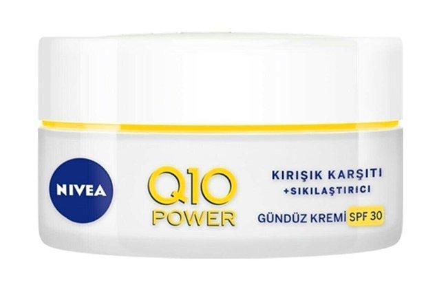 11. Nivea Q10 Power gündüz kremi ile kırışıklıklara savaştayken bile güneşten korunun!