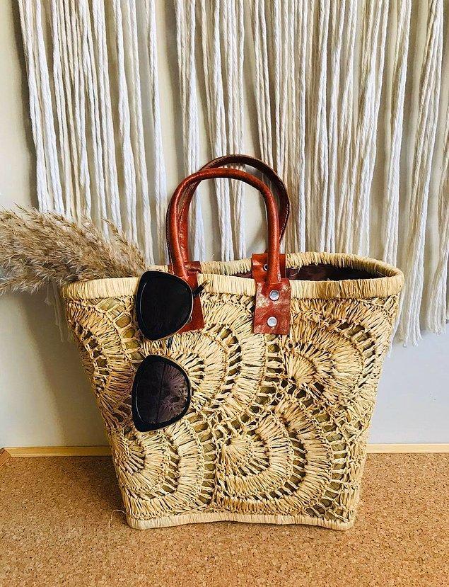 7. Hasır çanta modelleri plajların olmazsa olmazları arasında yer alıyor! 😍