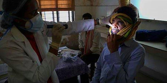 Bağışıklığı düşük olan kişileri daha fazla etkileyen kara mantar hastalığını, uzmanlar coronavirüs ile bağdaştırdı. İlk olarak Hindistan'da başlayan hastalık Meksika, Irak ve Mısır'a yayıldı.